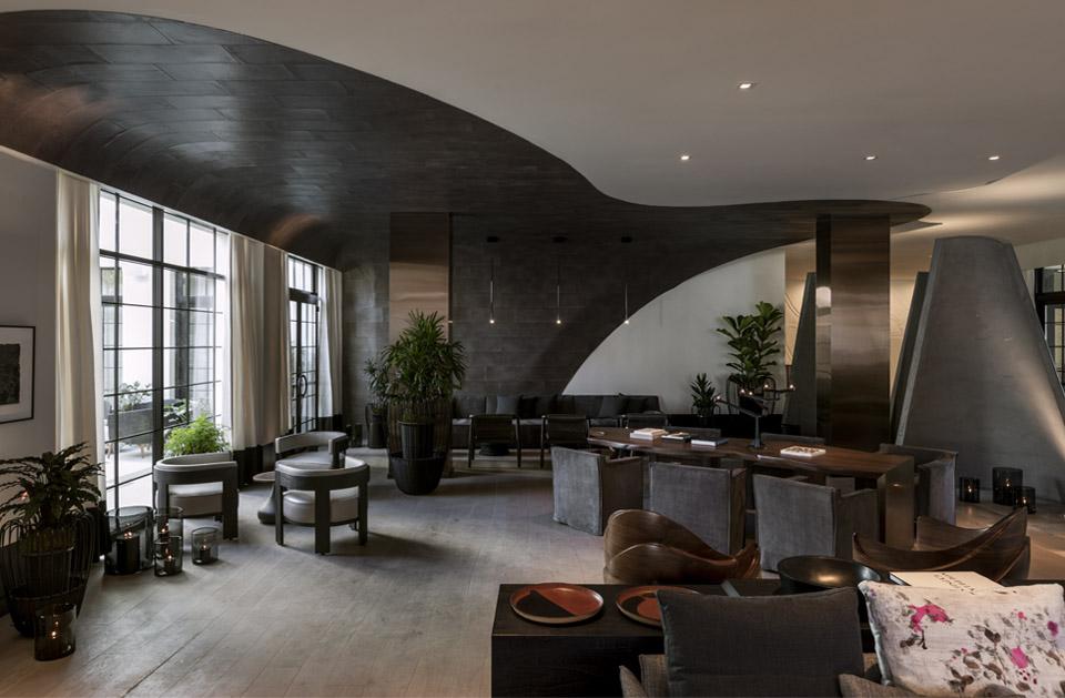 The<br> La Peer Hotel
